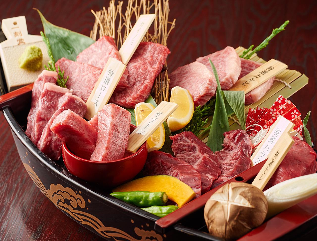 豪華肉の船盛り